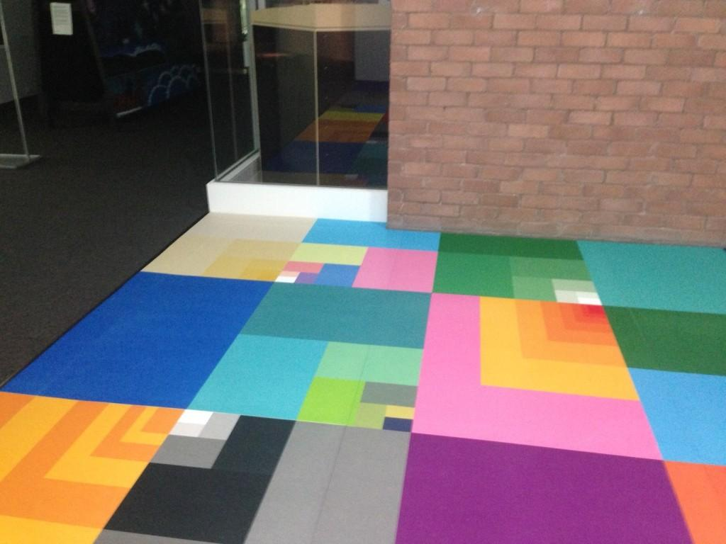 printed-carpet-tiles-foyer